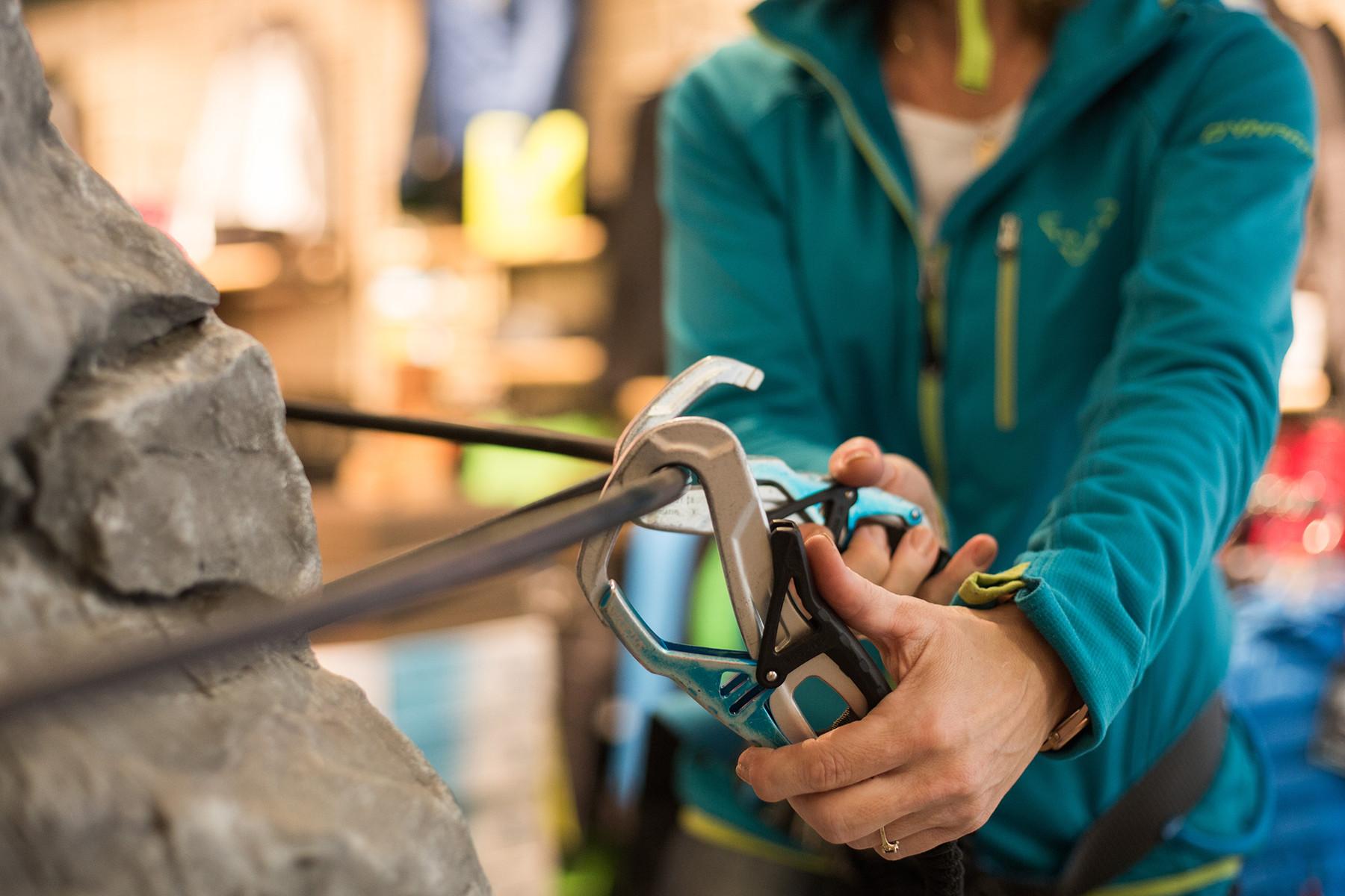 Klettersteigset Verleih Salzburg : Klettersteigausrüstungs & kletterset verleih berchtesgaden